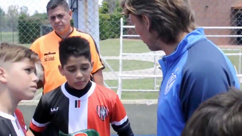 Video: la imperdible lección de Heinze a los juveniles de Chacarita.