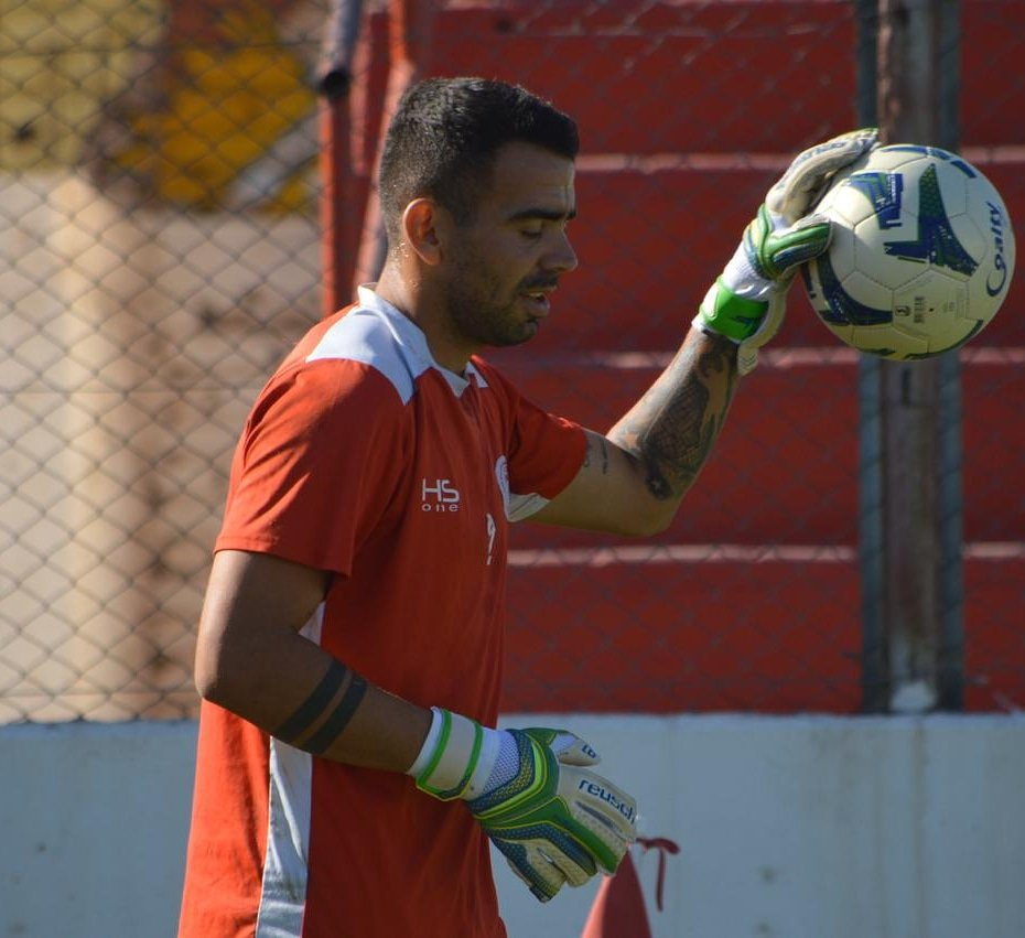"""Luciano Silva: """"Me he puesto a laburar dejando el fútbol de lado"""""""