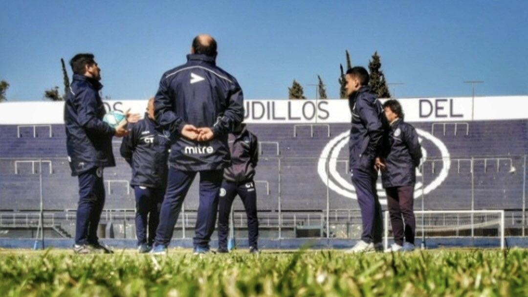 Comenzó la era Straccia en Independiente Rivadavia