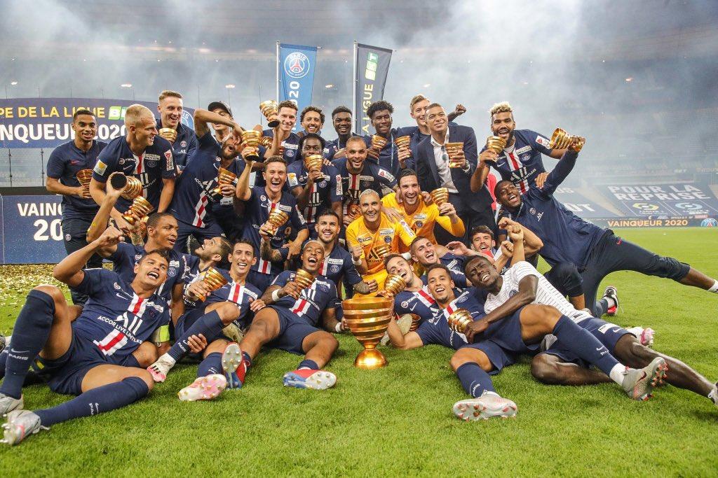 Los festejos del PSG, campeón de la Copa de la Liga de Francia