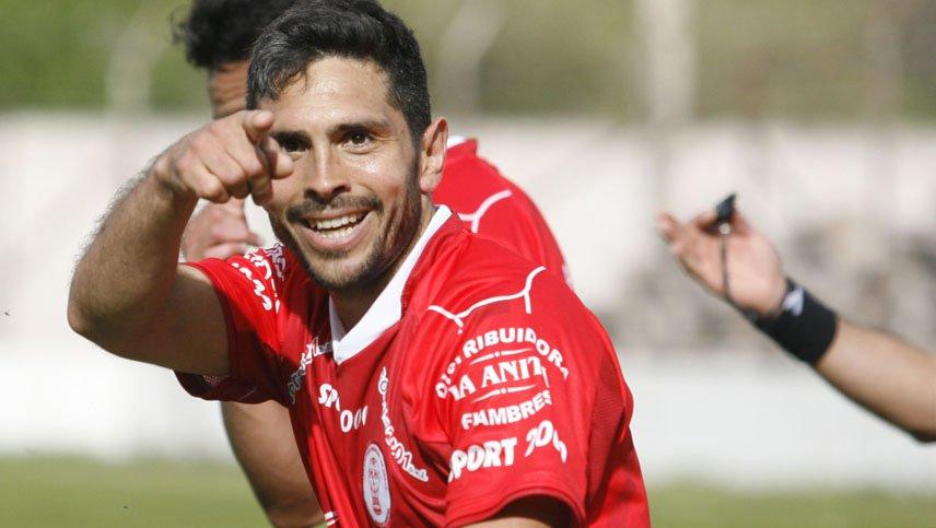 Cristian Lucero, el goleador prepara la vuelta con Huracán Las Heras