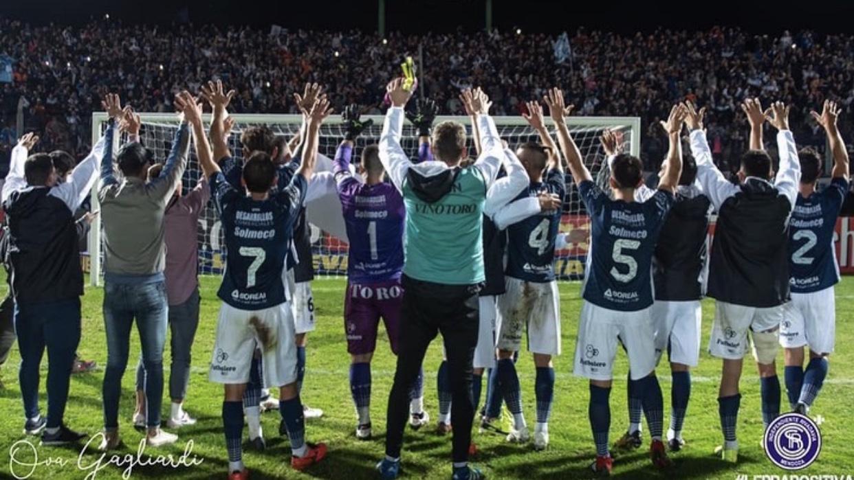 La emotiva despedida de Nicolás Quiroga de Independiente Rivadavia