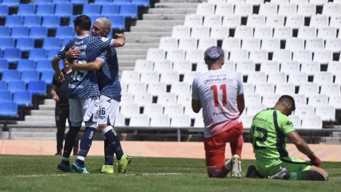 Los goles de la victoria de la Lepra ante Huracán en el Malvinas