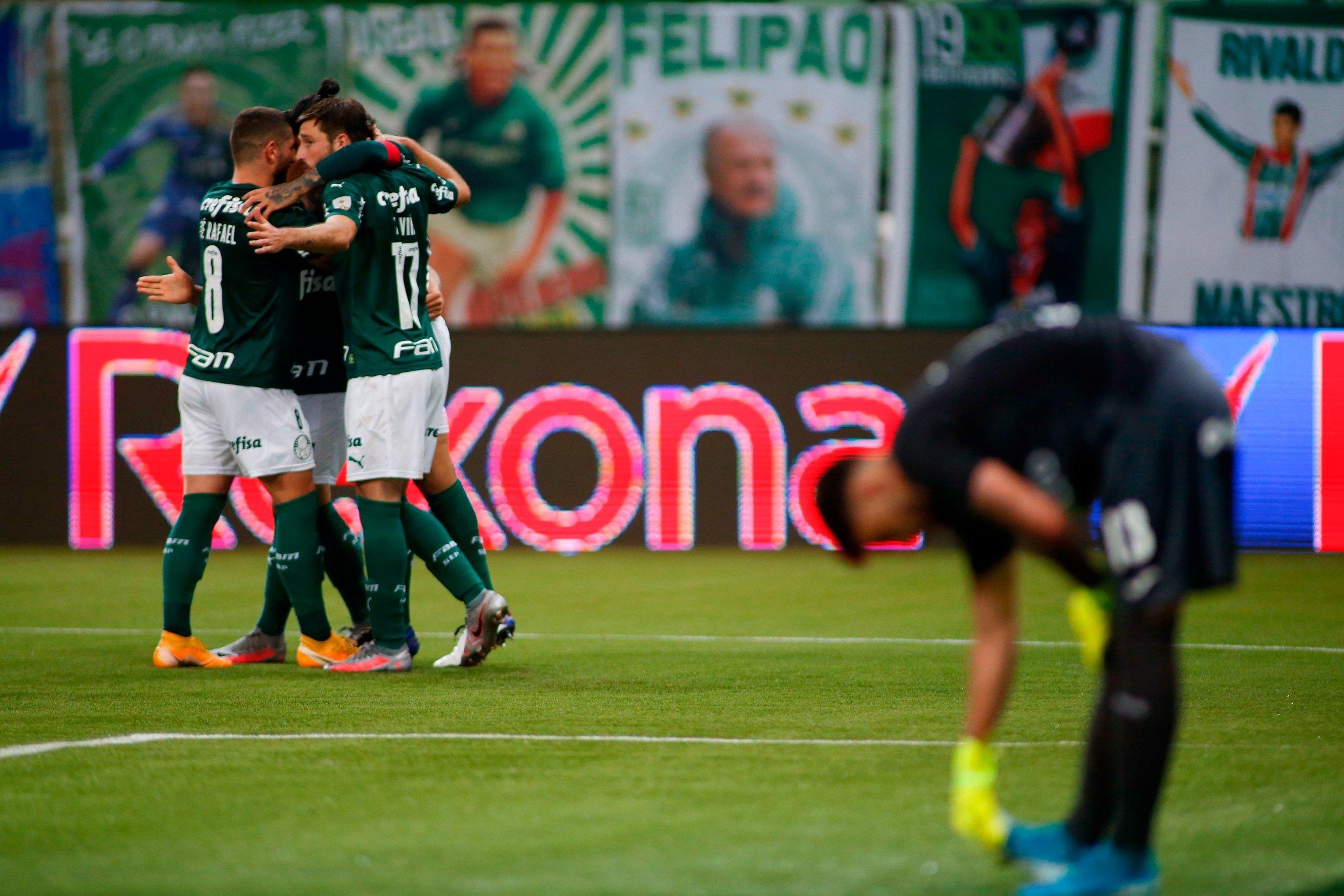 Palmeiras aplastó a Tigre y lo goleó 5 a 0