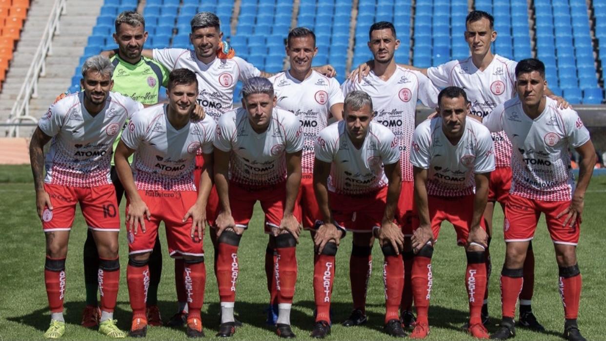 Huracán Las Heras y su primer partido de cara a la vuelta del fútbol