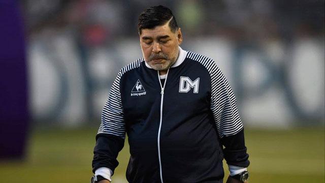 Aislaron a Maradona por un contacto estrecho con un caso de coronavirus