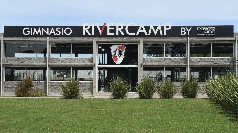 La AFA habilitó a River para jugar en River Camp y comenzó la polémica