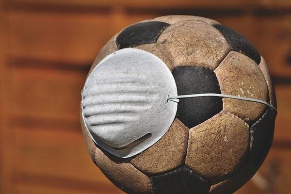Protocolo de la AFA: no se podrá besar la pelota