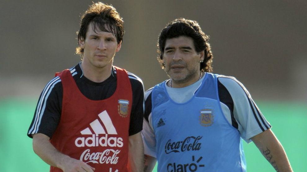 Messi y Maradona, nominados al mejor equipo de la historia