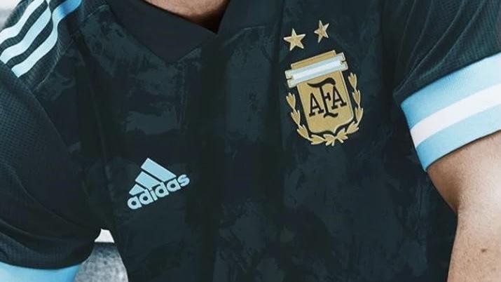 La Selección Argentina estrenará camiseta ante Perú