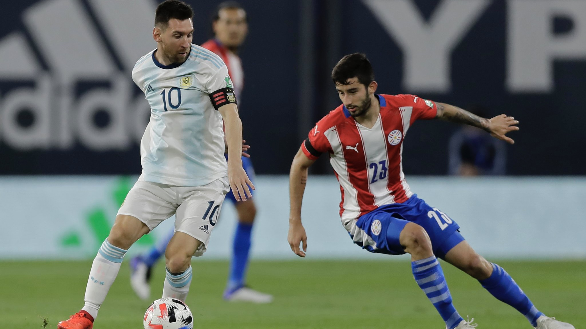 Argentina iguala 1 a 1 ante Paraguay en la Bombonera