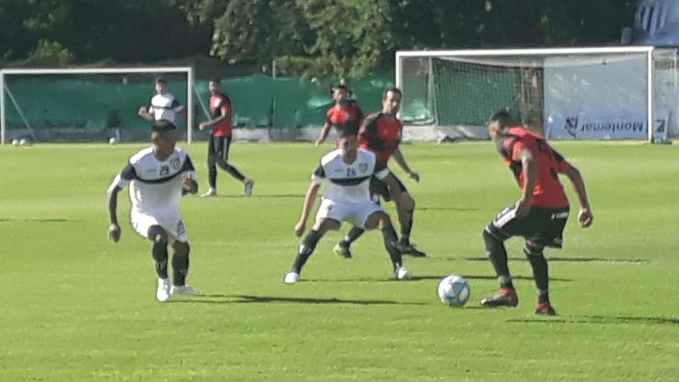 Gimnasia le gana 1 a 0 a FADEP con gol de Lentini