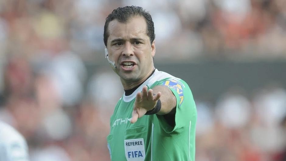 Gimnasia debutará en la Primera Nacional con un polémico árbitro