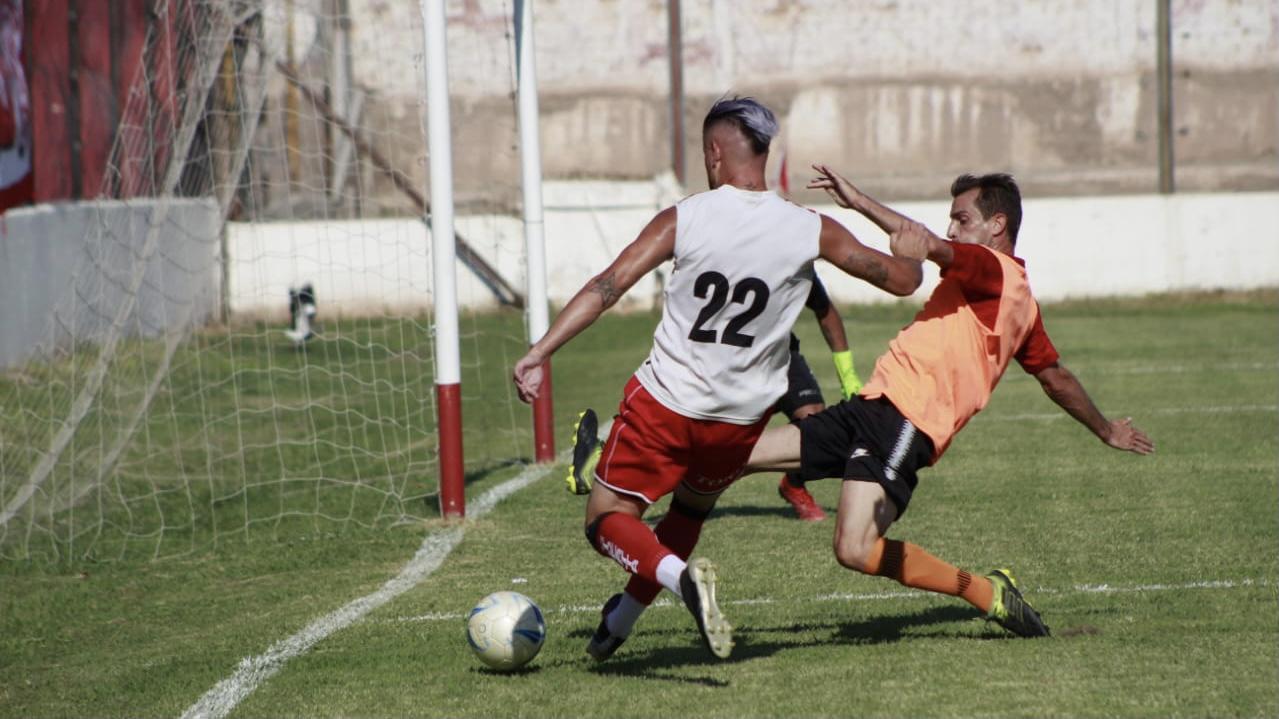 Huracán Las Heras le gana 2 a 1 FADEP en el Gral. San Martín