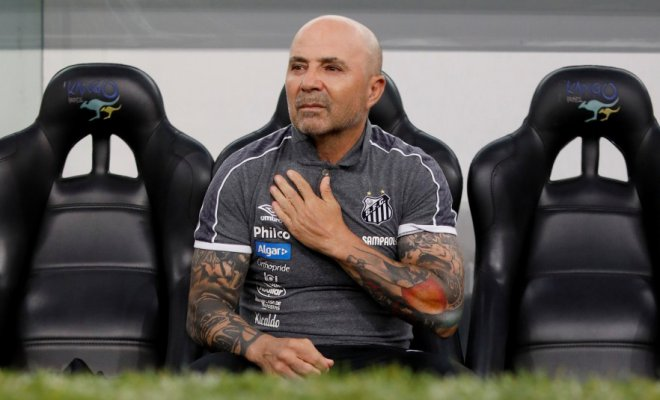 El entrenador argentino, Jorge Sampaoli, tiene coronavirus