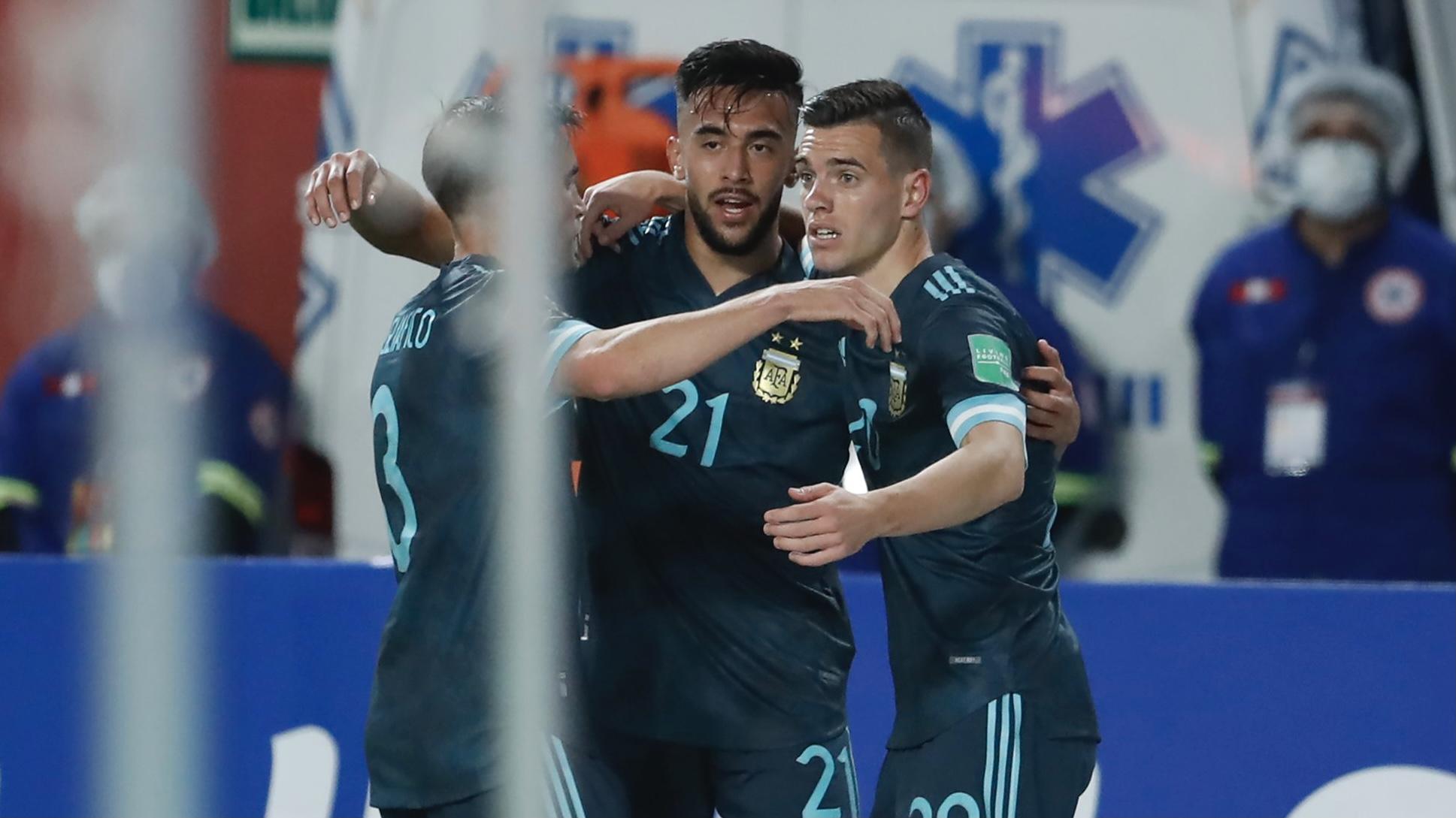 Argentina le gana 2 a 0 a Perú en Lima