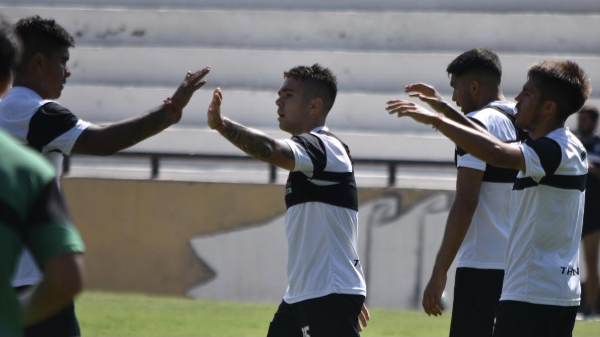 Gimnasia visitará a Defensores de Belgrano en la Primera Nacional