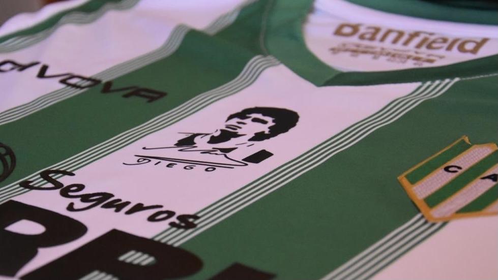 Video: Banfield visitará a Godoy Cruz con una camiseta especial de Maradona