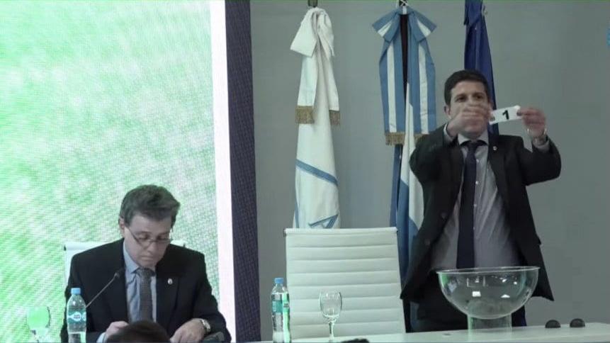 Video: Polémica y escándalo en el sorteo de la Primera Nacional