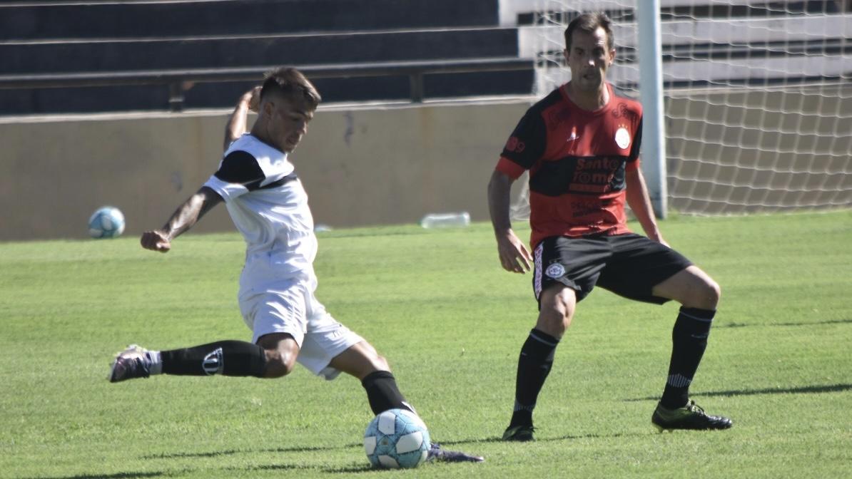 Gimnasia le ganó 1 a 0 a FADEP con gol de Lentini