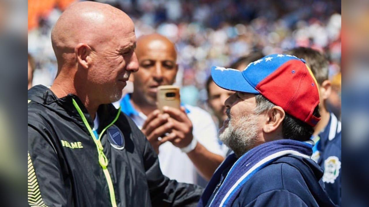 """Maradona: """"A los hinchas de Godoy Cruz quiero decirles que los amo"""""""
