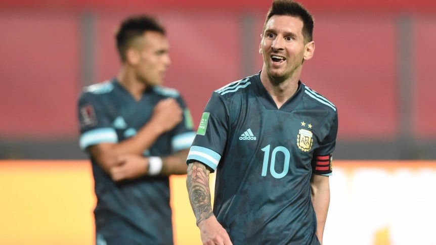 """Messi: """"Siempre que vengo, intento dar el máximo"""""""