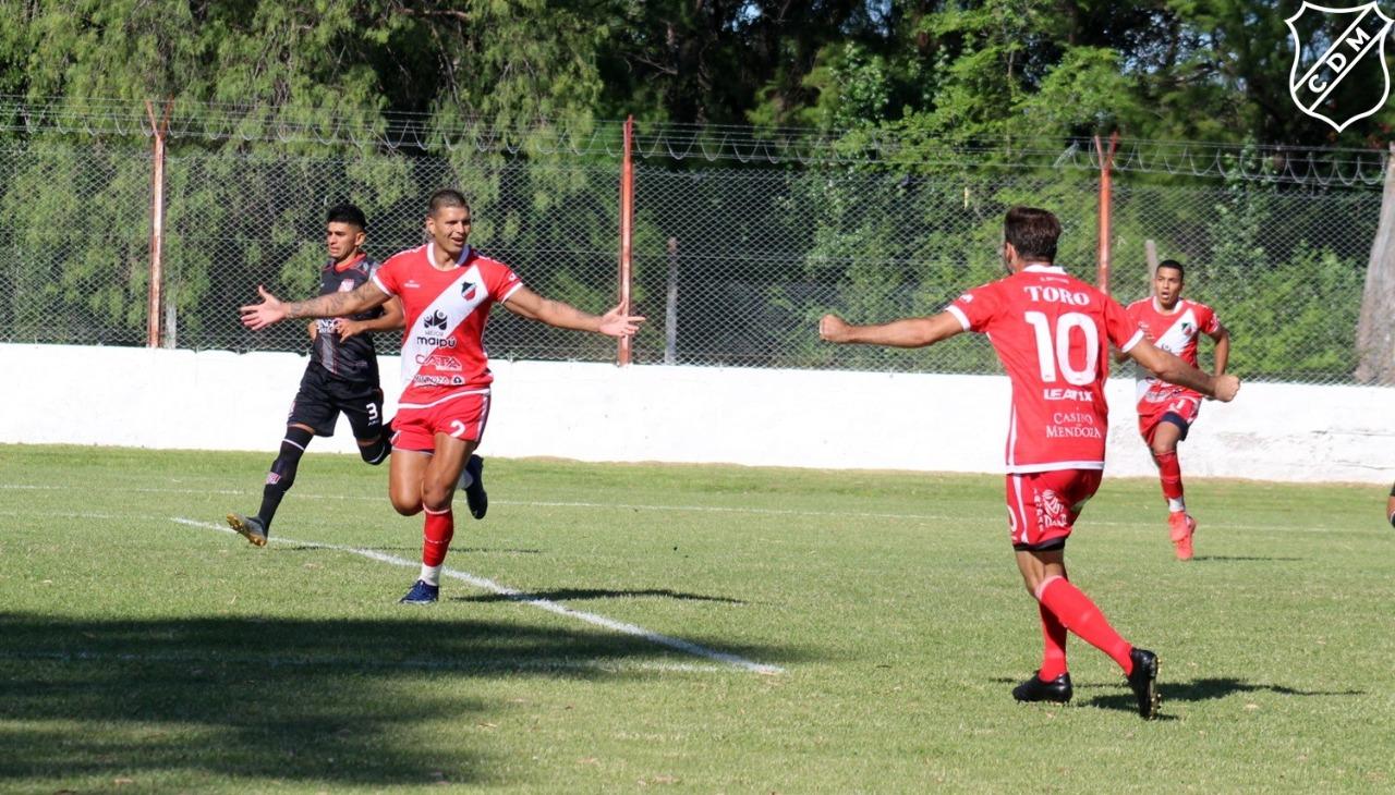 El gol del Cruzado ante Sansinena en Bahía Blanca