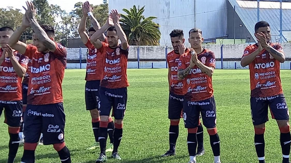 Huracán Las Heras perdió 2 a 0 ante Ciudad de Bolivar