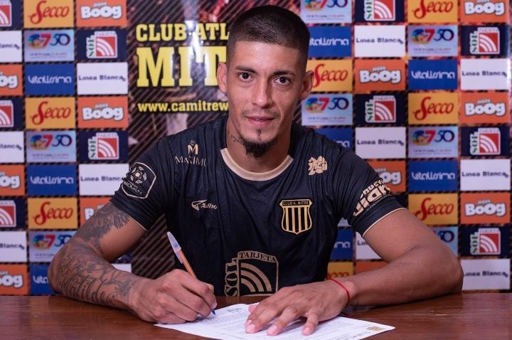 """Palacios Alvarenga: """"Tengo ganas de jugar en Gimnasia"""""""