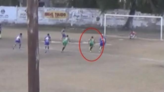 Video: el insólito error de un árbitro en la Liga Mendocina